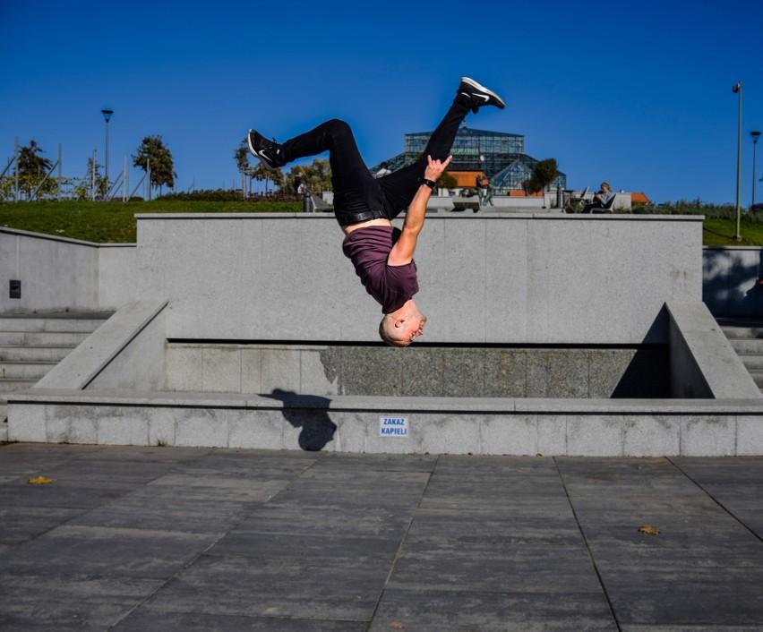 Zielonogórzanin Krzysztof Spławski na torze Ninja Warrior. Nie przegapcie jego startu