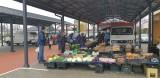 Po modernizacji handel na targowisku w Tuszynie pod wiatami