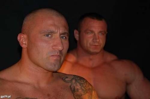Przed walką Marcin Najman zachowywał się buńczucznie, ale przegrał z Pudzianowskim z kretesem.