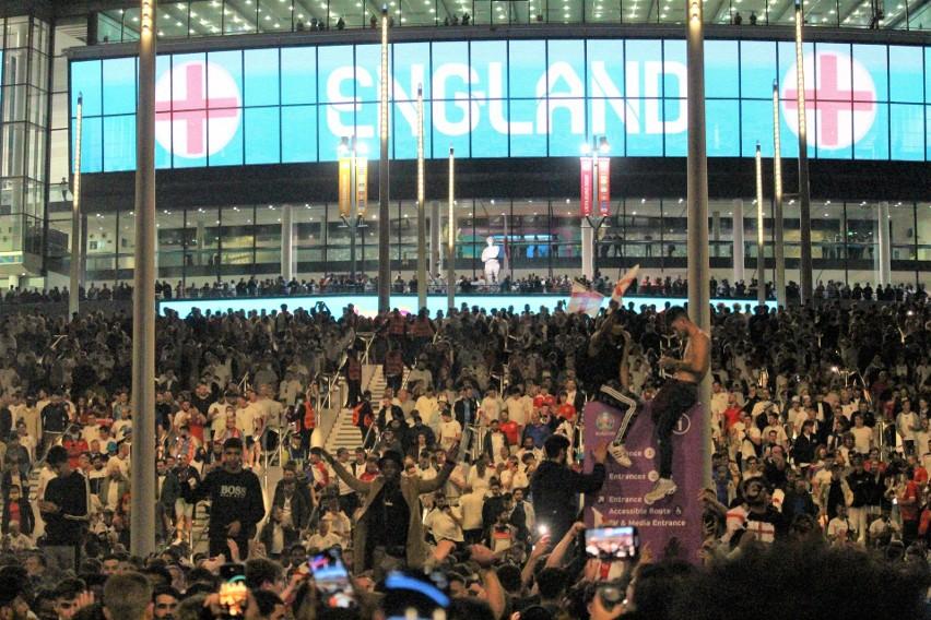 Kibice w Londynie świętowali awans reprezentacji Anglii do finału Euro 2020. Zobacz zdjęcia i wideo