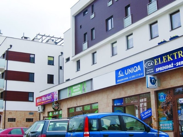W jednym z mieszkań tego bloku przy ul. Wojska Polskiego w Grajewie rozegrała się wstrząsająca tragedia. 27-latek zabił tu swoją żonę. Sąsiedzi uważali ich za przykładną parę.