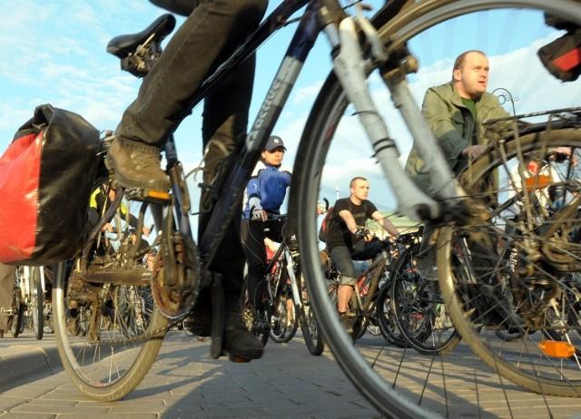 Cykliści: Polityka rowerowa realizowana jest tylko na papierze