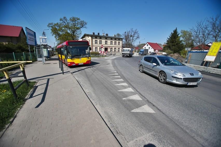 Kolejny etapu prac związanych z przebudową drogi...