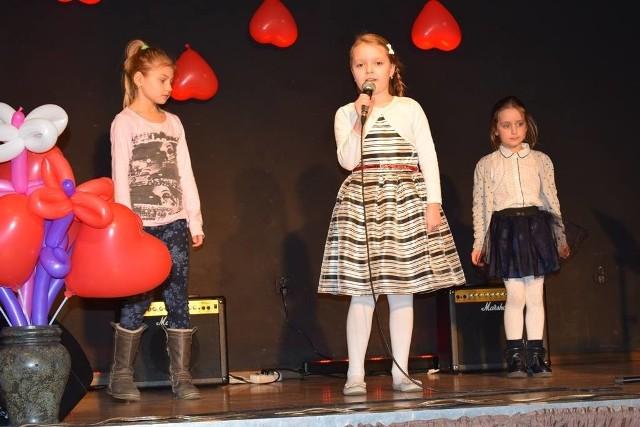 Ubiegłe edycje Festiwalu Piosenki z Serduszkiem w Tułowicach cieszyły się dużym zainteresowaniem wśród wykonawców i publiczności.