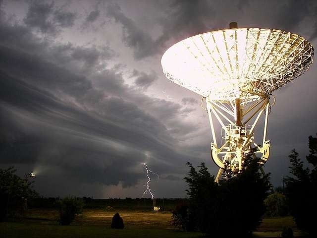 Burza nad CentrumBurza nad Centrum Astronomicznym w Piwnicach
