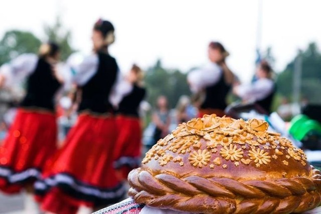 """W niedzielę, 7 lipca, w skansenie w Ochli rozpocznie się Międzynarodowy Festiwal Folkloru """"Oblicza tradycji"""""""