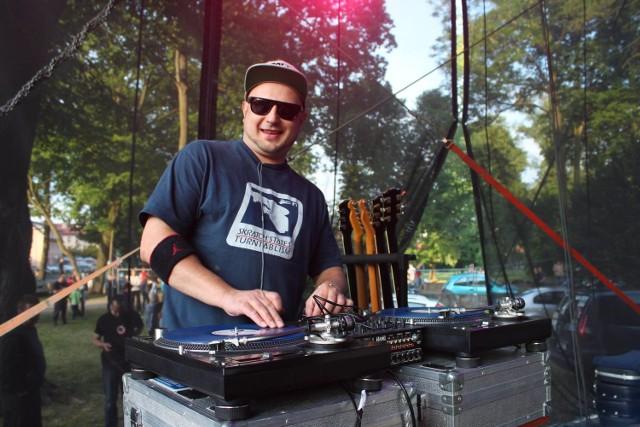 W sobotę w parku miejskim zagrał m.in. donGuralesko i zespół Kult. Pod sceną bawiły się tłumy.