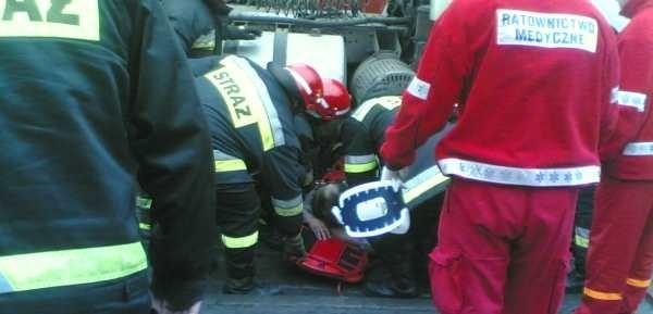 Zdjęcia z wypadku przysłał RobertR, internauta nto.pl.