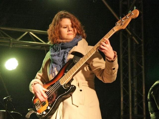 Anita Sobiechowska z zespołem Jakim Cudem wystąpiła na ostatnim jarmarku św. Mikołaja w Grudziądzu.