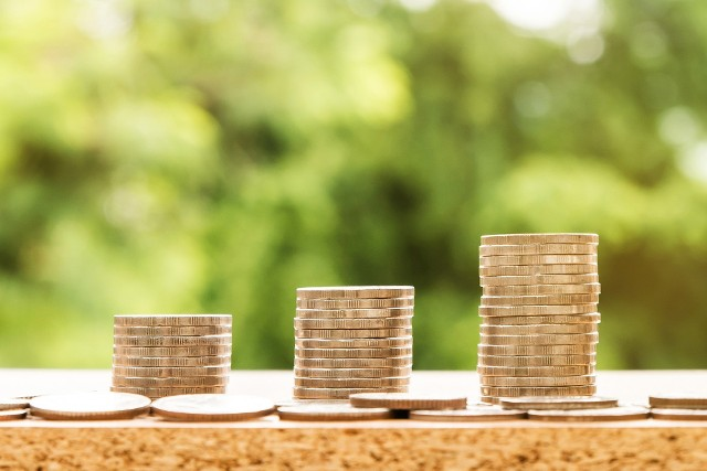 Podwyżka płacy minimalnej ma także wpływ na wysokość świadczeń, które wylicza się na podstawie minimalnego wynagrodzenia