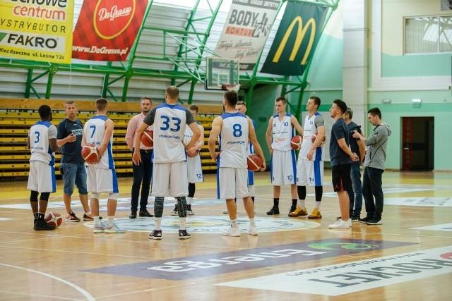 Koszykarze Polpharmy nie przyjadą do Radomia