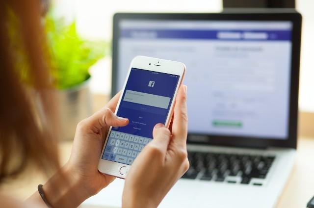 Serwis PC Format, zajmujący się tematyką komputerową, wymienia 9 rzeczy, których nie należy publikować na portalach społecznościowych. Pozna je w dalszej części galerii.