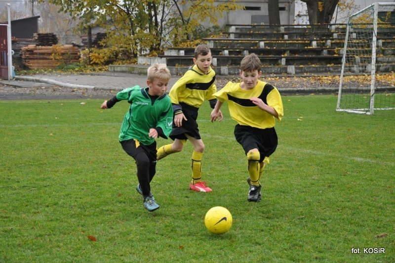 Młodzi piłkarze pokazali swoje umiejętności