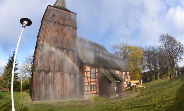Kościół pw. Nawiedzenia Najświętszej Maryi Panny w Klępsku dostał dostanie dotację na konserwację i restaurację elewacji południowej kościoła.