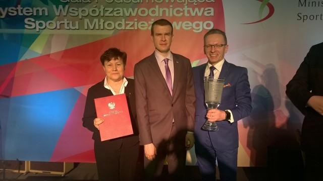 Od lewej: dyrektor Wydziału Sportu UM Poznania, Ewa Bąk, minister sportu i turystyki, Witold Bańka, zastępca prezydenta Poznania, Arkadiusz Stasica