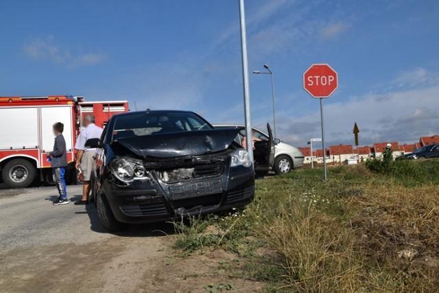 Poranna stłuczka w Czmonu. Utrudnienia na trasie Śrem - Poznań. Na miejscu strażacy i policja