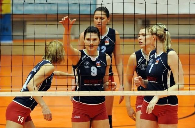 Siatkarki Piasta wiedzą, o co grają. Dobrze by było, gdyby z Łodzi przywiozły choć jedno zwycięstwo.