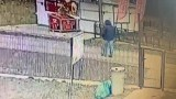 Mężczyzna napadł na kobietę nad Jeziorem Strzeszyńskim. Atakował gumową pałką. Szuka go policja. Rozpoznajesz go?