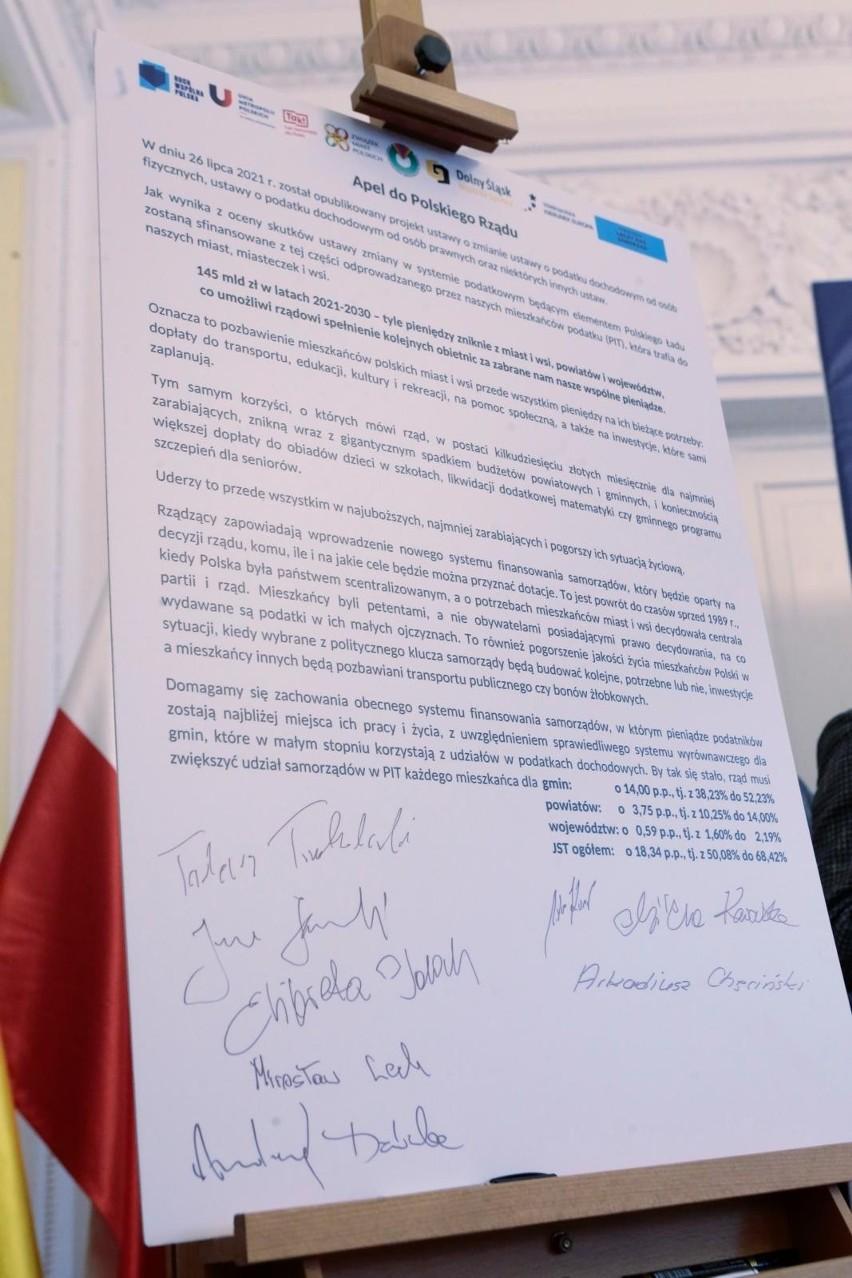 """Samorządowcy zabierają głos w sprawie """"Polskiego Ładu""""...."""