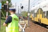 16-latek z Wrocławia chciał rzucić się pod pociąg. Uratowali go policjanci
