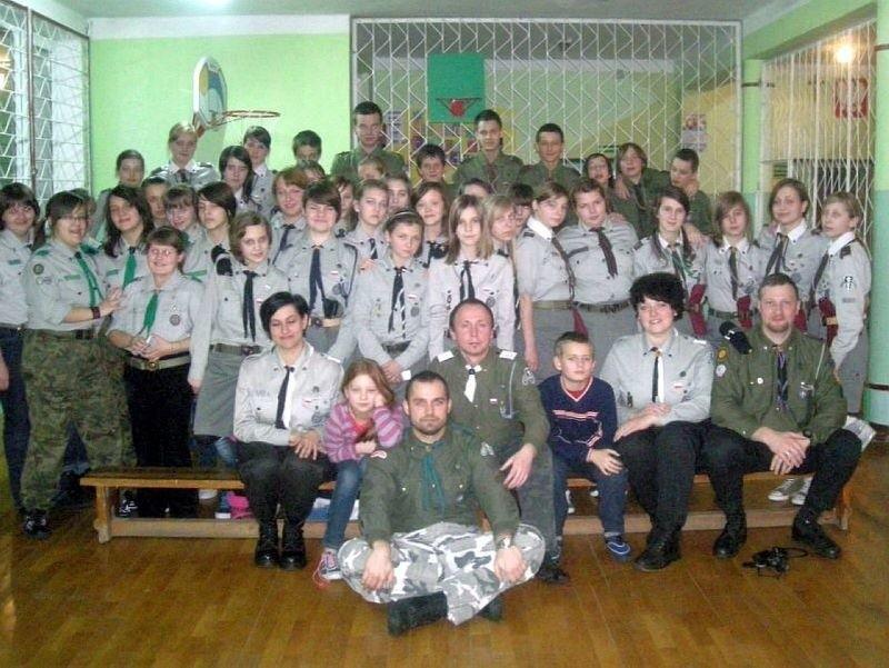 Przez pięć dni harcerze z Sokółki biwakowali w szkole w Sieruciowcach w gminie Nowy Dwór