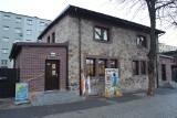 Nowa biblioteka w Rudzie Śląskiej powstała na zabytkowym osiedlu robotniczym Ficinus. Zobaczcie jak wygląda