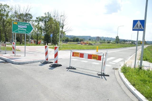 W piątek 2409.2021 zostanie otwarty I etap łącznika autostradowego w Bochni pomiędzy rondem obok Bocheńskiej Strefy Aktywności Gospodarczej a rondem w ciągu ulicy Krzeczowskiej (stan z sierpnia 2021)