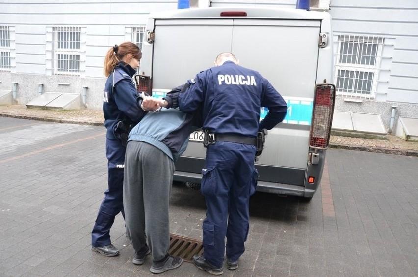 """Kolejne oszustwo """"na policjanta"""" w Gdańsku. Zatrzymano dwóch..."""