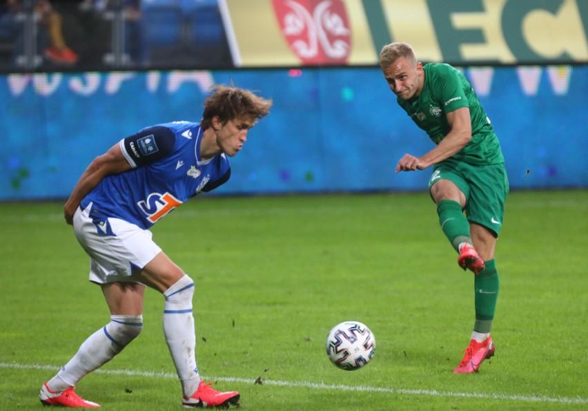 Warta Poznań ma obok Górnika Zabrze najlepszą defensywę w lidze (3 stracone gole), ale też ma najgorszy atak. Wspólnie z Piastem zieloni nie zdobyli jeszcze w tym sezonie bramki.