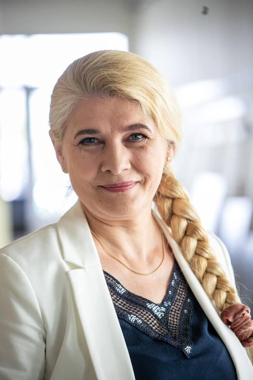 AGNIESZKA USZYŃSKA - dyrektor Szpitala Miejskiego im. PCK w...