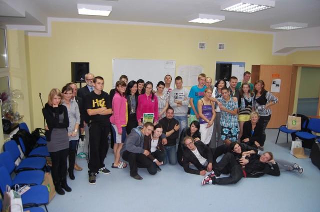 Pamiątkowe zdjęcie uczestników projektu PNWM