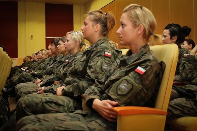 W 10 Brygadzie Kawalerii Pancernej w Świętoszowie służy 197 pań.