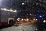 Natalin: Auto stanęło w płomieniach na środku drogi
