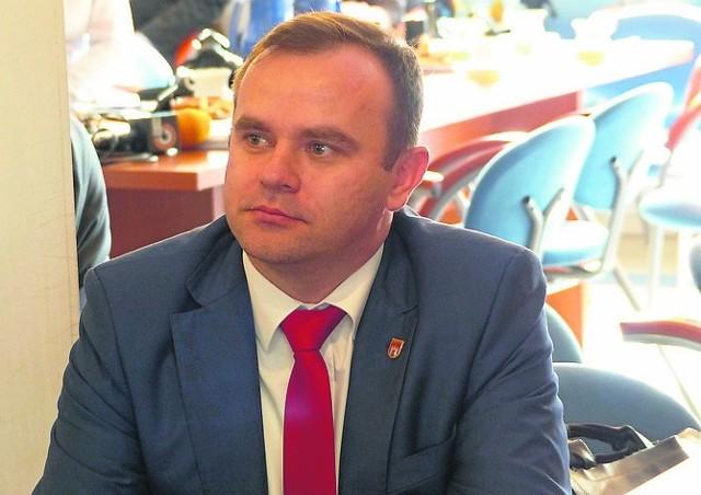 Burmistrz Błaszek Karol Rajewski swoją nagrodę wylicytowaną podczas finału WOŚP będzie mógł odebrać po wyborach
