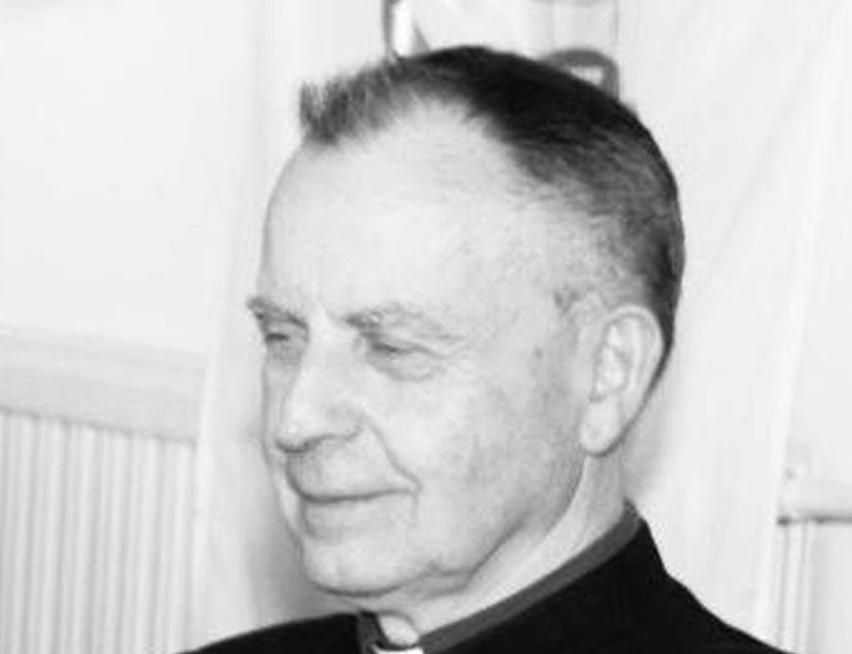 W 88 roku życia i 64 roku kapłaństwa zmarł ksiądz Stanisław Czerwik.