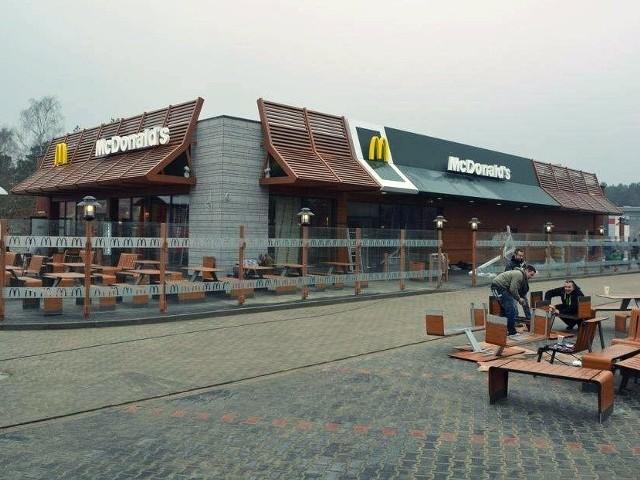 Pierwszy McDonald's w Świnoujściu. Otwarcie 7 marcaPierwszy McDonald's w Świnoujściu