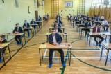 Nowe zasady matur i egzaminu ósmoklasisty w 2021 r. MEN podał szczegóły