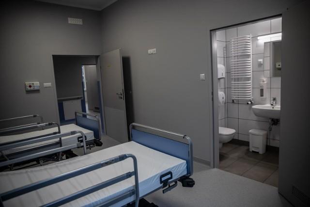 Szpitale tymczasowe w Białymstoku przy ul. Wołodyjowskiego i Zurawiej