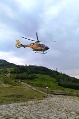 Wypadek turystki na grzbiecie Babiej Góry. Goprowcy musieli wzywać LPR na przełęcz Brona