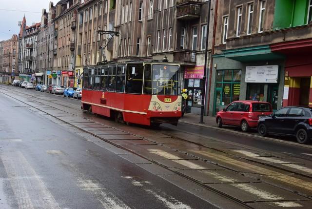 Wkrótce przetarg na remont torowiska tramwajowego na ul. Wolności w Zabrzu między Miarki a Piłsudskiego.Zobacz kolejne zdjęcia. Przesuwaj zdjęcia w prawo - naciśnij strzałkę lub przycisk NASTĘPNE
