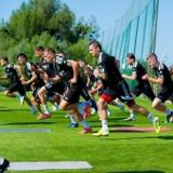 Śląsk Wrocław czeka na rywala w Lidze Konferencji i nowych piłkarzy. Będą przed wyjazdem na obóz do Chorwacji