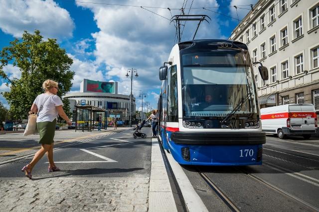 Pierwszy w Bydgoszczy przystanek wiedeński powstał w ubiegłym roku przy placu Teatralnym. Teraz są plany, by podobne rozwiązanie zastosować na ul. Gdańskiej.