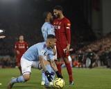 Raheem Sterling odsunięty od czwartkowego meczu reprezentacji Anglii. Zaatakował kolegę na stołówce