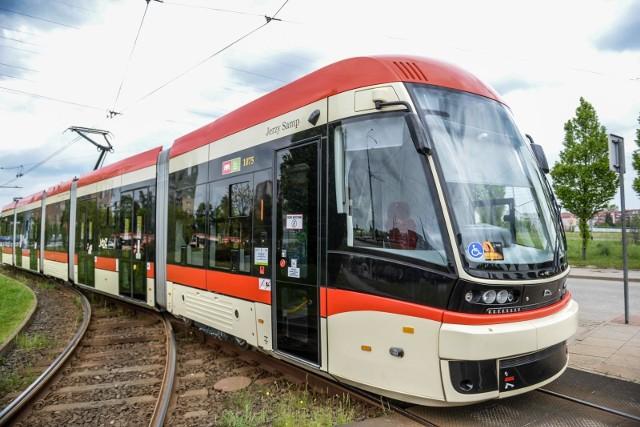 Prof. Jerzy Samp został patronem kolejnego gdańskiego tramwaju.