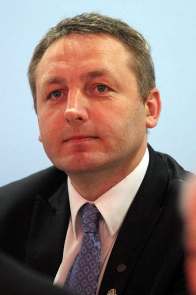 Aby zagłosować na Andrzeja Górczyńskiego wyślij SMS o treści S.48 na numer 72355. Koszt wiadomości z VAT to 2,46 zł.Sprawdź wyniki wszystkich kandydatów