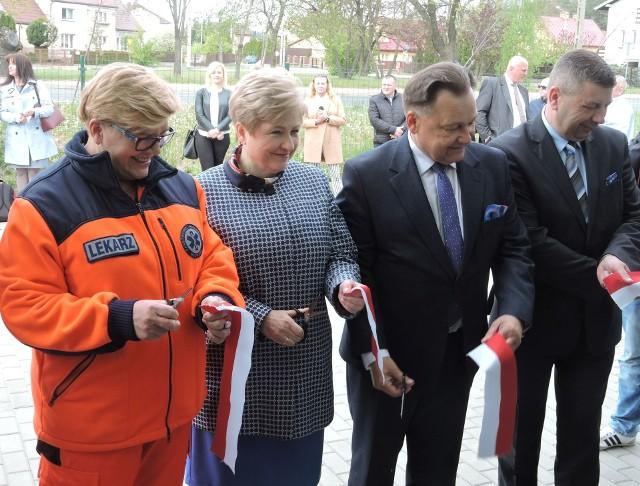 Nowy obiekt pogotowia ratunkowego w Ostrowi przekazano do użytku 6 maja
