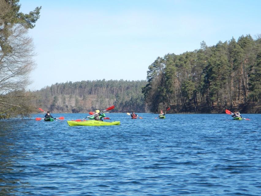 Piękne jezioro Mieliwo znajduje się w tzw. Zachodniej Rynnie...