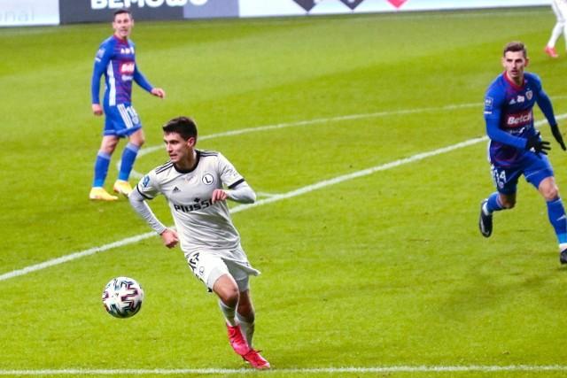 Bartosz Kapustka wypadł po kontuzji odniesionej w meczu z Lechią Gdańsk