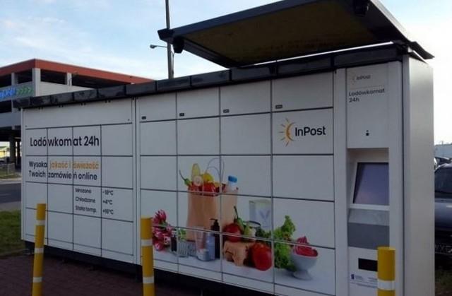 Pierwsze lodówkomaty InPost pojawiły się we Wrocławiu. Zdjęcie ilustracyjne.