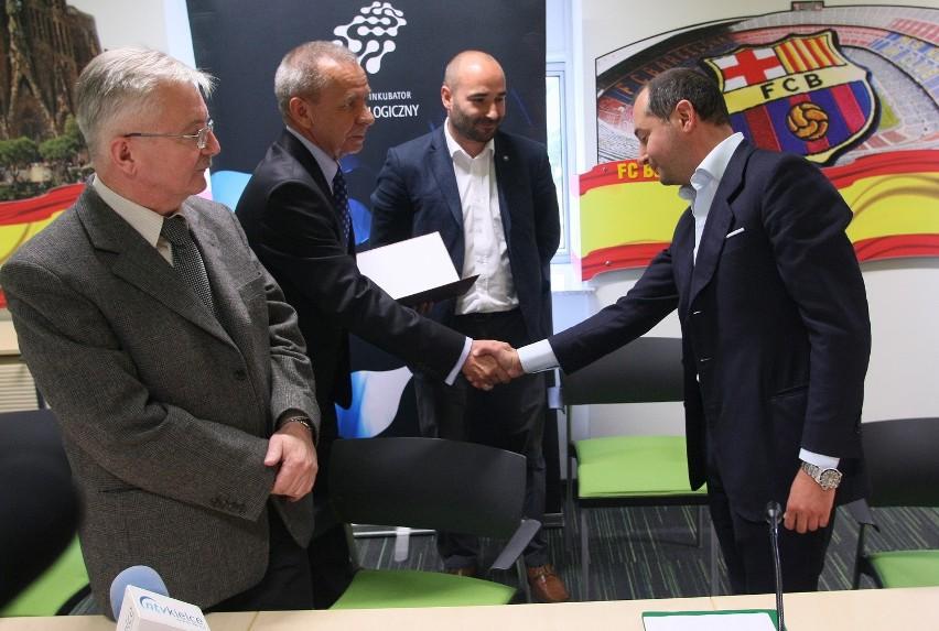 Firma Nebiolo Polska na ręce prezesa Gianluca Canavero otrzymała 12 lipca zezwolenie na prowadzenie działalności w Specjalnej Strefie Ekonomicznej Starachowice podstrefa Kielce. Dokument wręczono w Kieleckim Parku Technologicznym.